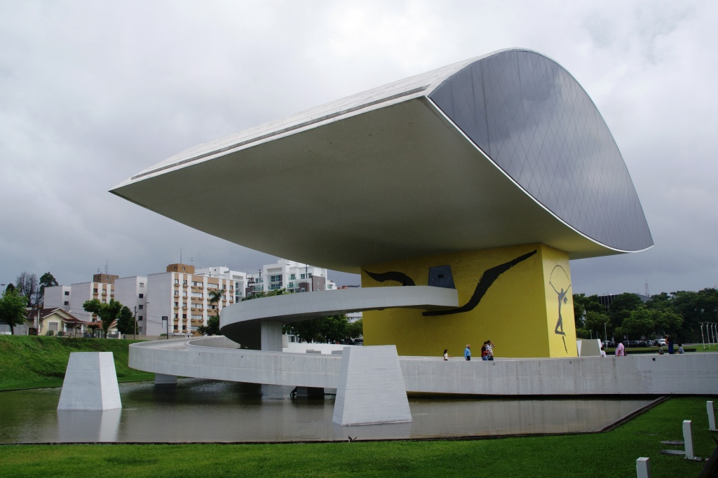 Oscar Niemeyer Museum, Curitiba, Brazil. Photo by Ben Tavener.