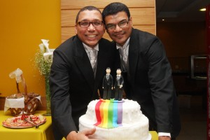 Cláudio Nascimento (left), coordinator of Rio Sem Homofobia (Rio Without Homophobia), seen here at his own civil marriage, said Rio should celebrate the decision. Photo courtesy Governo do RJ.