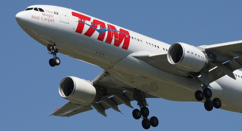 TAM Airbus A330-223. Photo by Flickr CCL/lrargerich.