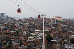 Complexo do Alemão cable car. Photo by Ben Tavener.