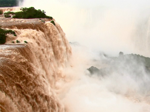 Iguaçu Falls, 2 May 2014. Photo: RPCTV