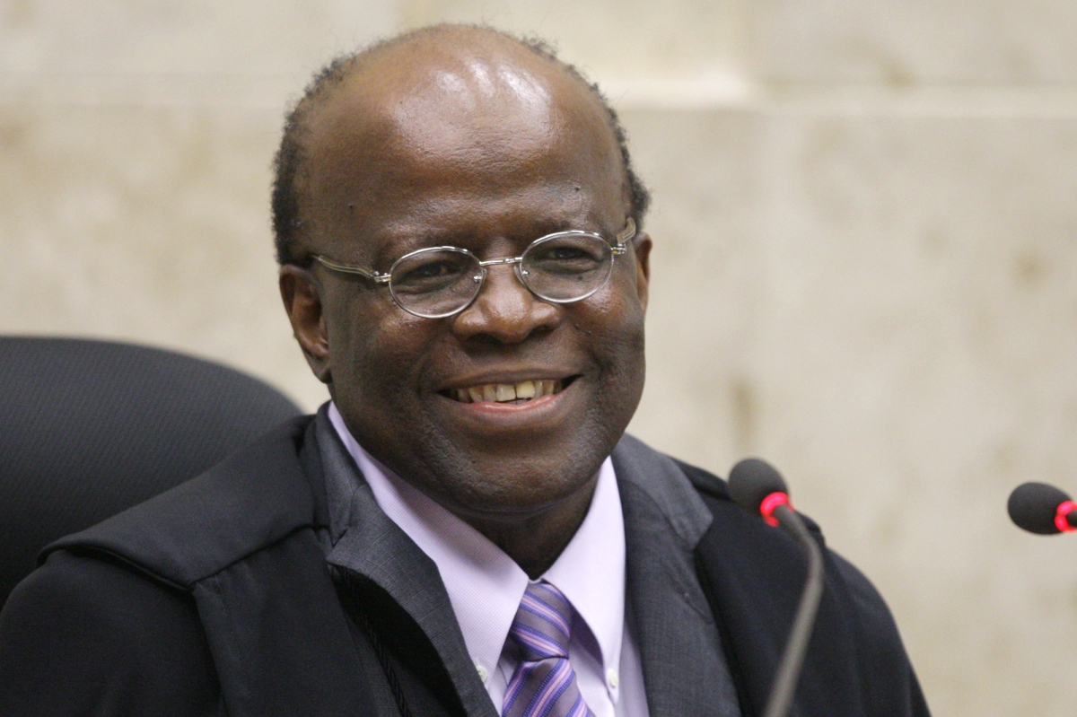 Joaquim Barbosa, Brazil's first black Chief Justice, to retire